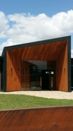 Entrance to Zonzo Estate Winery in the Yarra Valley and fence treated with the Alis oak stain